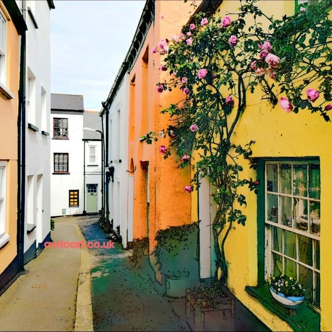 Pastel coloured Appledore cottages