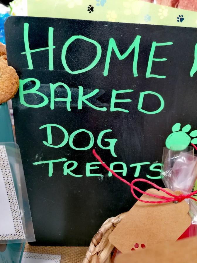 Dogs, Devon, food, drink, festivals,